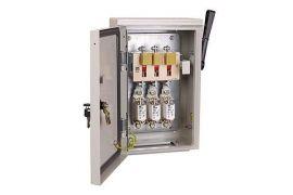 Ящик з рубильником і запобіжником ЯРП-100А 74 У1 IP54 IEK YARP-100-74-54