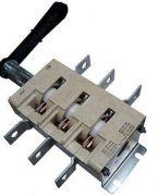 Рубильник перекидний 400А ВР32-37В 71250